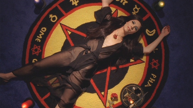 pentagram-love-witch