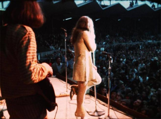 Janis_Joplin_Leg_Up_low_res_l
